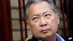 Cựu tổng thống Kyrgyzstan Kurmanbek Bakiyev bị kết án 24 năm tù vì tội lạm dụng quyền hành