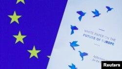 Beli papir naslovljen: Budućnost EU, koji je predstavljen u Evropskom parlamentu, 1. marta, 2017.