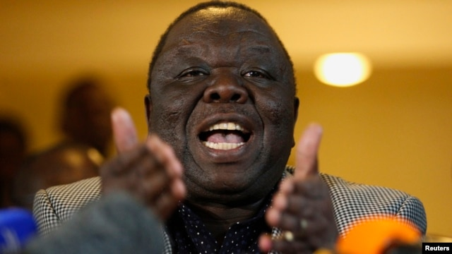 Zimbabwe's Prime Minister Morgan Tsvangirai gestures during a media briefing in Harare Aug. 3, 2013.