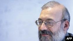 Người đứng đầu về nhân quyền của Iran Mohammad Javad Larijani đã cố gắng nhưng không thành công để đòi bãi bỏ cuộc bỏ phiếu về nghị quyết