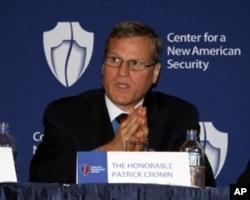 新美国安全中心亚太安全项目主任帕特里克•克罗宁