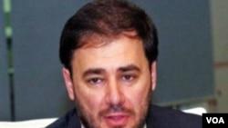 Wadah Khanfar, mengundurkan diri sebagai kepala stasiun TV Al-Jazeera.