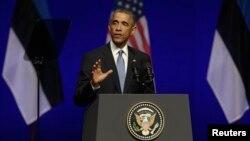 바락 오바마 미국 대통령이 3일 에스토니아를 방문해 기자회견을 가지고 있다.