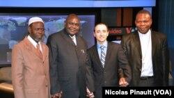 Omar Layama, Nicolas Gbangou et Dieudonné Nzapalainga, répondaient aux questions de Nicolas Pinault de la VOA