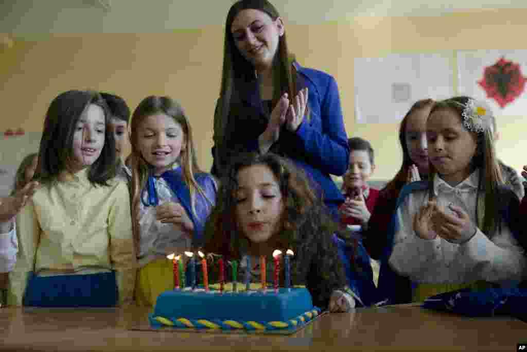 Kosovo Independence Girl