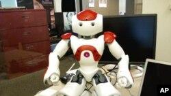 روبوٹ ۔ ناؤ