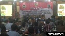 Dialog upaya pelibatan masyarakat dalam penanggulangan terorisme di Yogyakarta, 30 Agustus 2016 (Foto: VOA/Nurhadi)