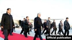 دفتر ریاست اجرائیه می گوید که عبدالله عبدالله صبح امروز وارد ایالت حینان چین شده است