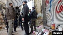 自由敘利亞軍隊戰鬥人員星期六在霍姆斯