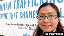 Shandra Woworuntu, WNI penyintas perdagangan manusia yang sekarang menjadi aktivis kemanusiaan.