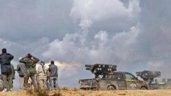 پایتخت لیبی صحنه تیراندازی حامیان دولت موقت و وفاداران به قذافی