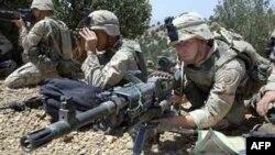 Правительство США намерено временно восстановить запрет на службу в армии для гомосексуалистов