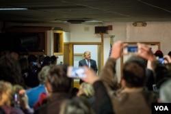 纽约房地产商唐纳德·川普很可能赢得新罕布什尔初选。(美国之音记者方正拍摄)