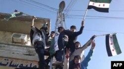"""""""Suriya do'stlari"""" Assad rejimidan qutulishga harakat qilmoqda, Rossiya va Xitoy qarshi"""