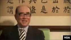 台湾前行政院长郝柏村(VOA视频截图)