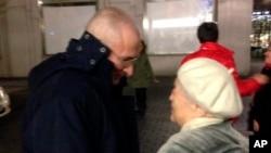 霍多爾科夫斯基和他的母親瑪麗娜相會