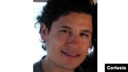"""Jesús Alfredo Guzmán-Salazar, hijo del encarcelado narcotraficante mexicano Joaquín """"El Chapo"""" Guzmán, y quien ahora forma parte de los 10 más buscados de la agencia de EE.UU. para la lucha contra las drogas (DEA). Foto oficial de la DEA."""