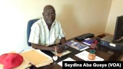 Mballo Dia Thiam, secrétaire général du SUTSAS, le Syndicat unique des travailleurs de la santé et de l'action sociale, Dakar, Sénégal, 25 octobre 2017. (VOA/Seydina Aba Gueye)