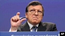 Avrupa Komisyonu Başkanı Jose Manuel Barroso euro ülkelerini İspanya'ya yardıma çağırdı