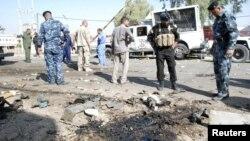 На месте взрыва в городе Кут. Ирак, 30 сентября 2012 года