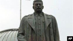 斯大林在前蘇聯盟國極受爭議。