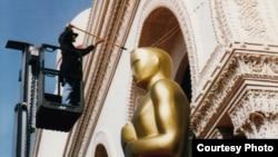 Фото Олега Сулькина: Так готовятся к церемонии «Оскар»