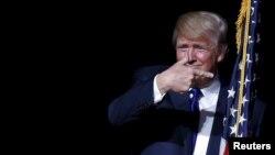 Emlak kralı Donald Trump Cumhuriyetçi Parti'nin önde gelen başkan adayı oldu