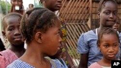 Des élèves d'une école de Conakry, en Guinée, le 19 janvier 2015.