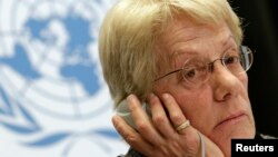 Anggota komisi Penyelidik PBB untuk Suriah Carla del Ponte dalam konfrensi di Markas PBB di Jenewa, Senin (18/2).