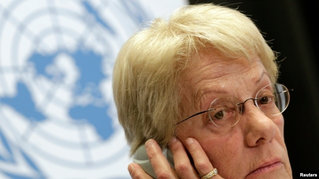 Member of the Commission of Inquiry on Syria Carla del Ponte listens during a news conference at the United Nations European headquarters in Geneva, February 18, 2013.