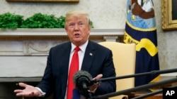 川普总统2018年5月17日在白宫会见北约秘书长斯托尔滕伯格