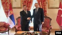 Predsednik Vlade Srbije Ivica Dačić i premijer Turske Redžep Tajip Erdogan prilikom jednog od ranijih susreta