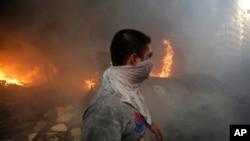 15일 레바논 베이루트 외곽에서 폭탄 공격이 발생했다.