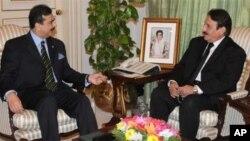 وزیرِ اعظم گیلانی اور چیف جسٹس افتخار گیلانی کے درمیان اسلام آباد میں ملاقات
