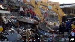 La ONU considera que el terremoto en Ecuador es el peor desastre en la región desde el terremoto ocurrido en Haití en 2010.