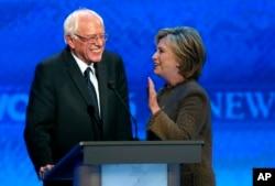 Hillary Clinton və Bernie Sanders