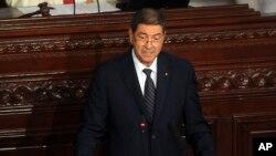 Tunisia's prime minister Habib Essid adresses the parliament in Tunis, July 8, 2015.