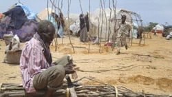 Fome em Benguela leva pessoas a comerem farelo - 2:25