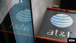 Le câblo-opérateur AT&T et le géant des médias Time Warner ont annoncé un projet de fusion.