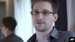 Snowden quiere regresar a los EE.UU., dijó su abogado el martes durante una conferencia de prensa.