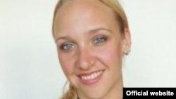 Jillian planea trabajar en una compañía de producción de eventos.