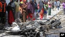 Baraguzan motar da bam ya tashin a cikinta a Mogadishu