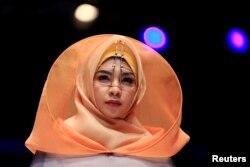 Indoneziya moda sahnalarida