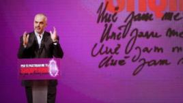 Kryeministri Rama kërkon falje për dekorimin e ish-hetuesit komunist