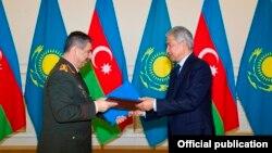 Zakir Həsənov və İmanqali Tasmaqambetov