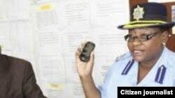 Isikhulumeli samapholisa uAss Commissioner Charity Charamba