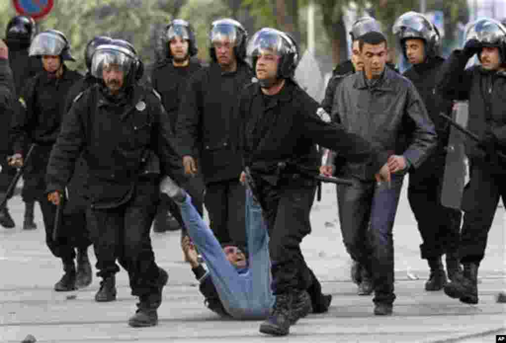 Des manifestants interpellés par les foces de sécurité