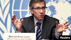 Special Representative of the Secretary-General for Libya and Head of United Nations Support Mission in Libya (UNSMIL) Bernardino Leon addresses a news conference at the Palais des Nations in Geneva, Jan. 14, 2015.