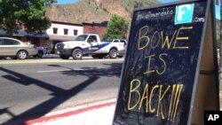 Sebuah papan di kota kelahiran Sersan Bowe Bergdahl di Hailey, Idaho mengumumkan pembebasannya dari tahanan Taliban (Foto: dok).