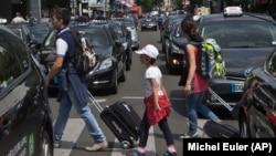 巴黎遊客資料照。